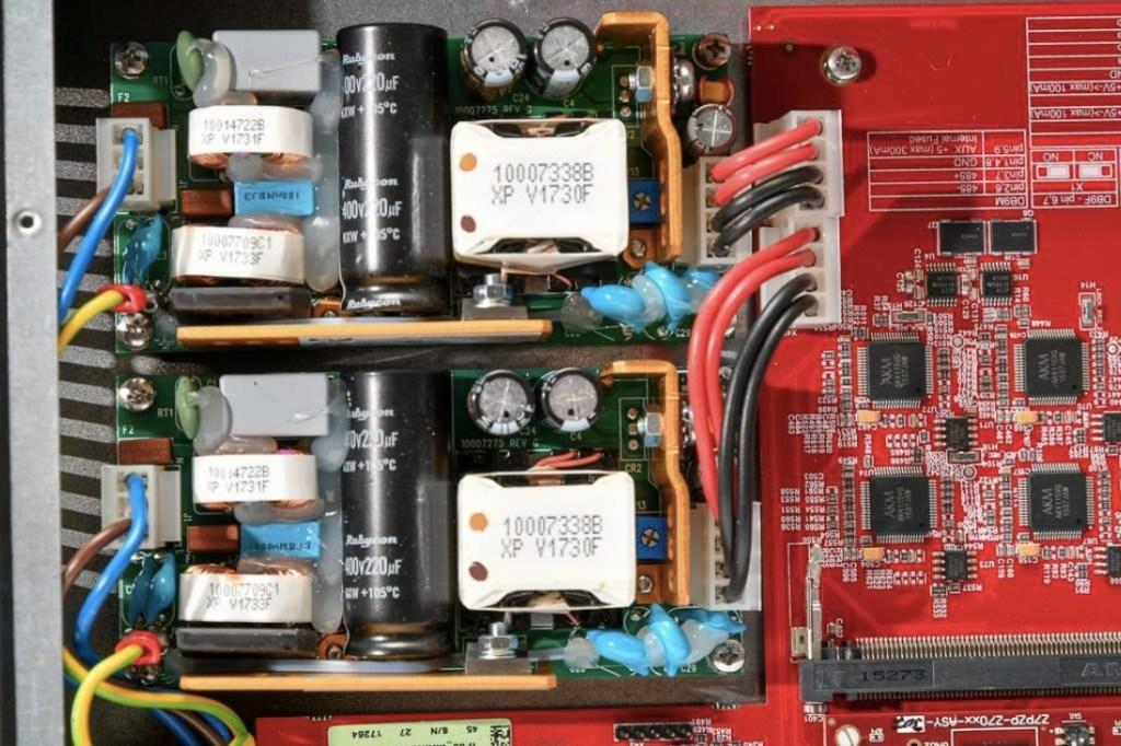 Double alimentation électrique du Newton d'Outline