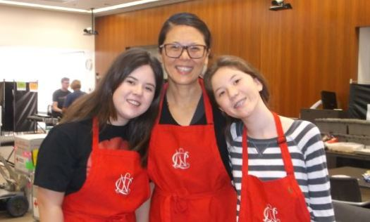 Members Xoshil, Shin and Xiomara Chen-Marquez at the 2016 blood drive.