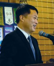 Mayor Steven Huang informs the Rotary about the state of the city.