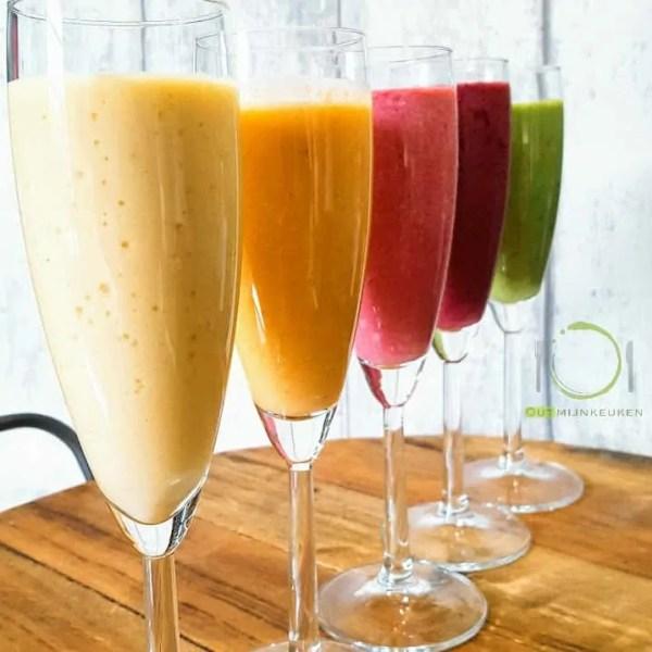5 x kleurrijke ontbijt smoothies
