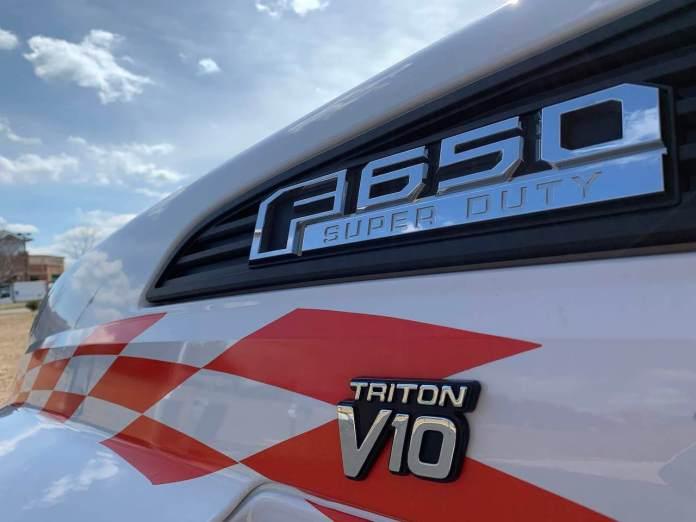26' U-Haul Ford F-650 Triton V10 Badge