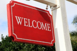 Council reprimands hotelier over 'poofters welcome' sign