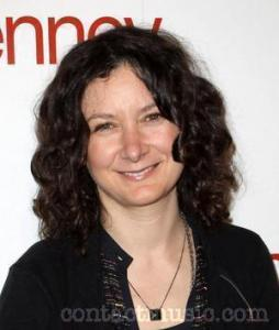 Sara Gilbert confirms relationship