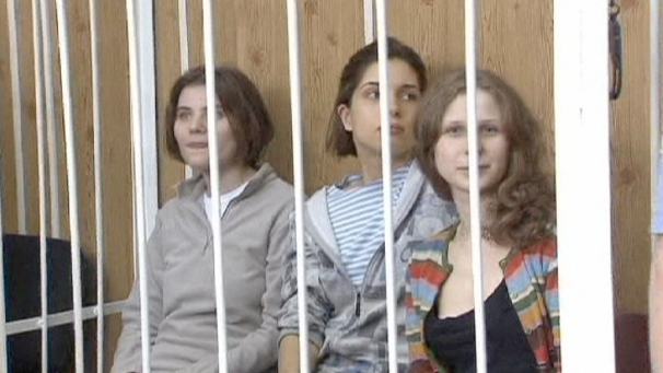 img_606X341_2007-pussy-riot-russia