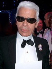 Lagerfeld supports gay marriage in Paris fashion show