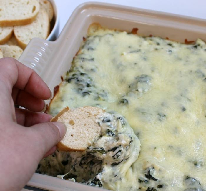 Super Cheesy Spinach & Artichoke Dip Recipe