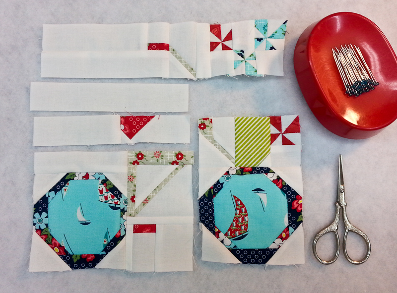 Snapshots Quilt-Along Mini Quilt Block 8 Pattern│Out of the Blue Quilts