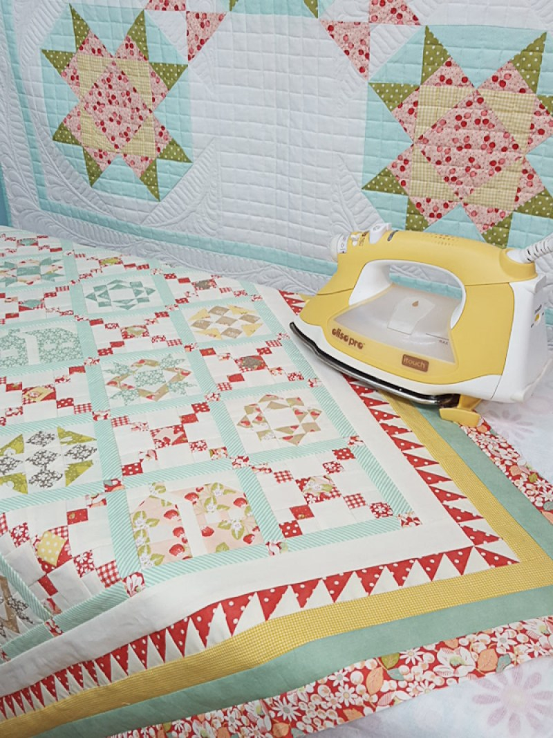 Crossroads Quilt Along Mini Finishing Instructions │ Out of the Blue Quilts by Sondra Davison