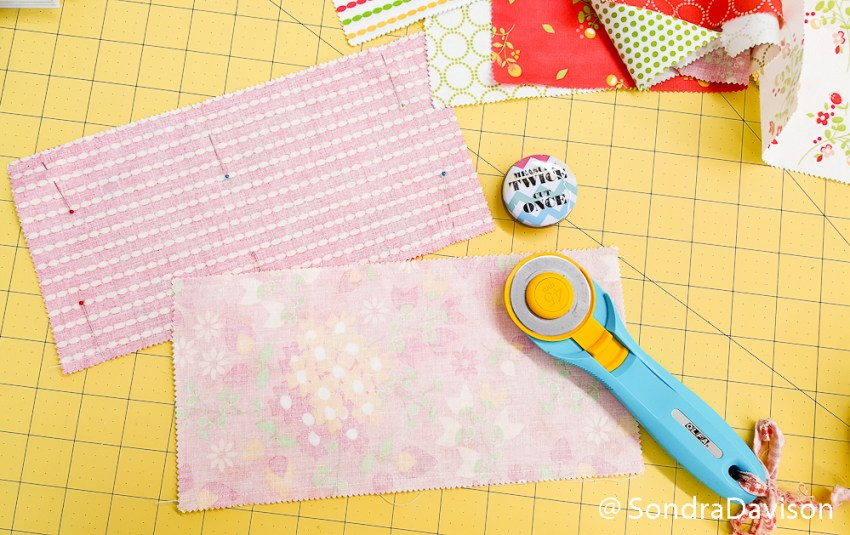 Beginner Charm Pack Placemat │Out of the Blue Quilts by Sondra Davison