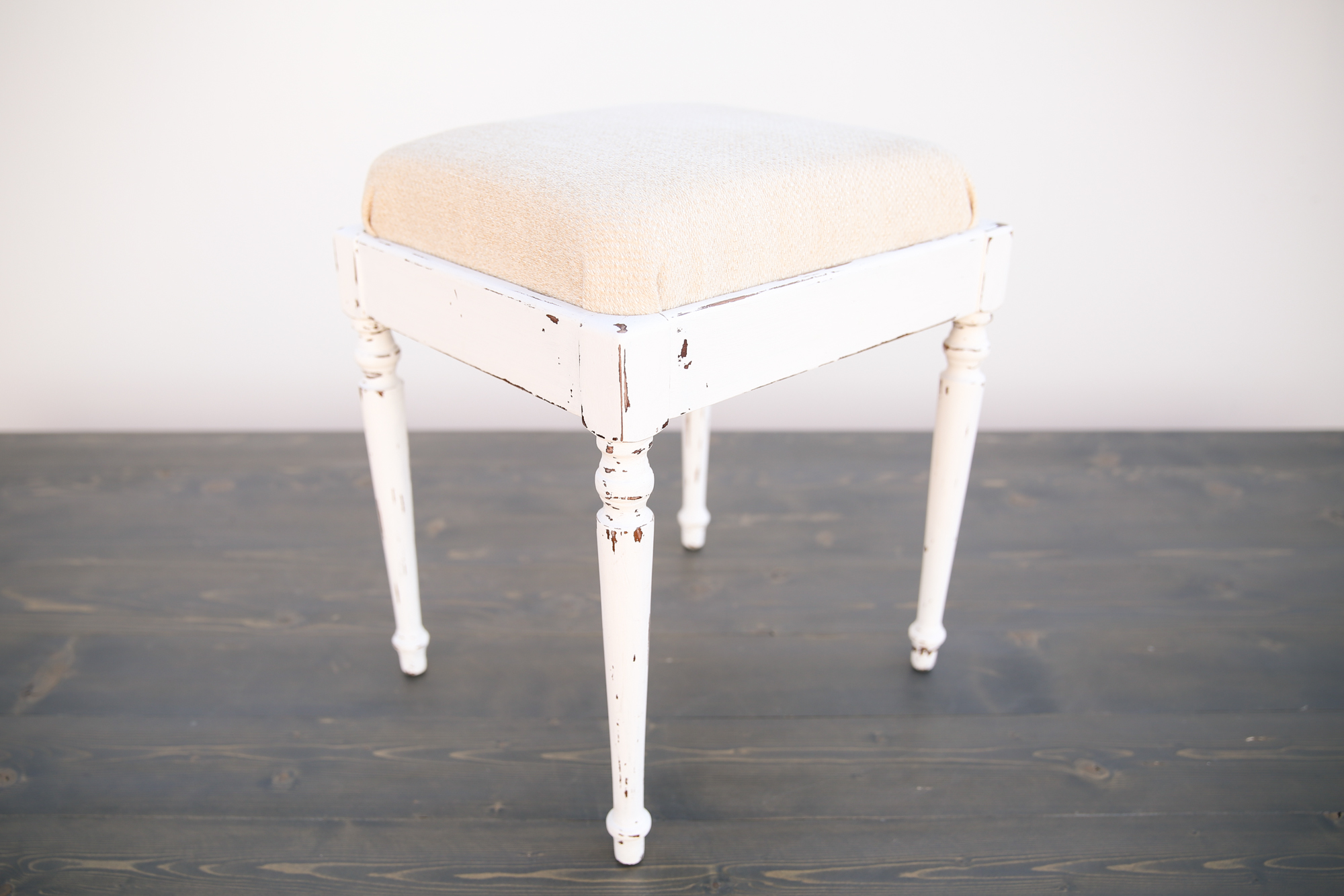 places to rent chair covers near me desk kuwait small white shabby chic piano bench out of the dust rentals