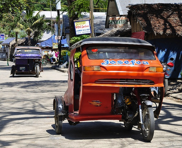 Tricycles in El Nido