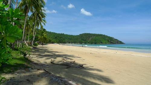 beach coves in palawan