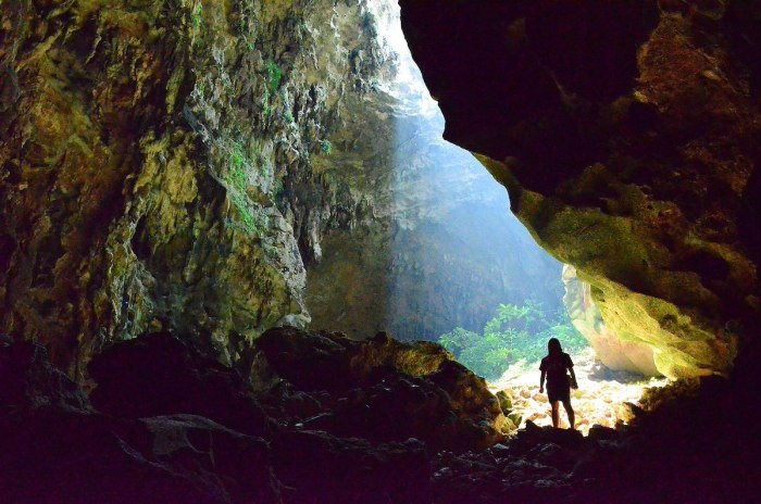 Callao Cave photo by Mkirader via Wikipedia CC