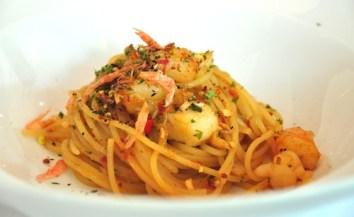 Seafood Crustacean Oil Spaghetti with Sakura Ebi