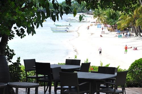 Fantastic Alfresco Dining at Amorita Resort