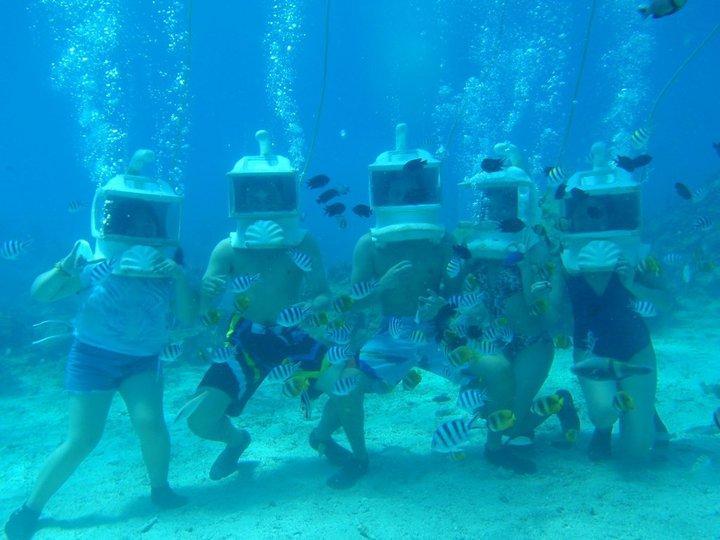 Helmet Diving with Friends