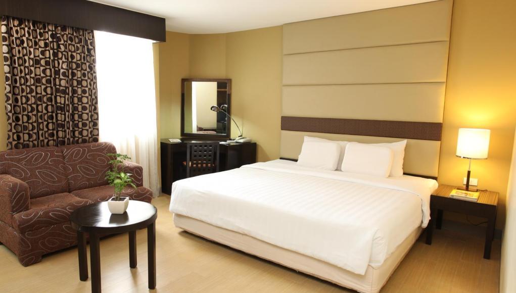 Summit Circle Cebu Hotel Review