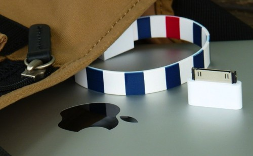 Mohzy Loop USB and iPhone Cable