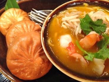 Deep Fried Golden Duck Pao with Mee Bandung