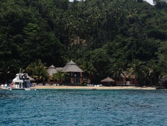 Apo Island Resort