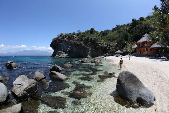 Apo island Beach Resort Cove by Ola Welin