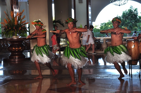 Hawaiian Dancers at Imperial Palace Waterpark Resort and Spa