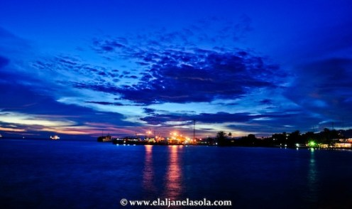 Paseo del Mar ovelooking the view of the pier in Zamboanga
