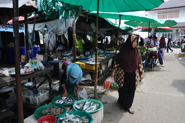 Tak Bai Wet Market