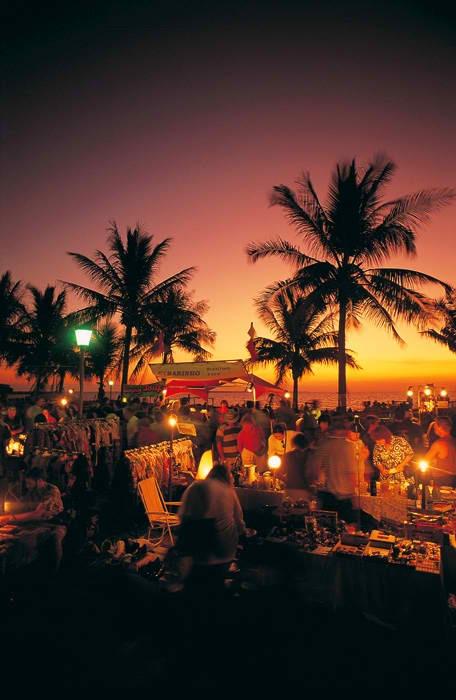 Darwin Sunset Market