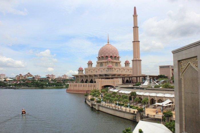 Putrajaya Pink Mosque