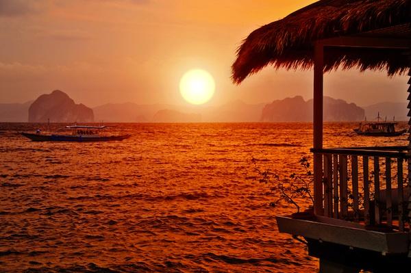 Sunset in El Nido Palawan