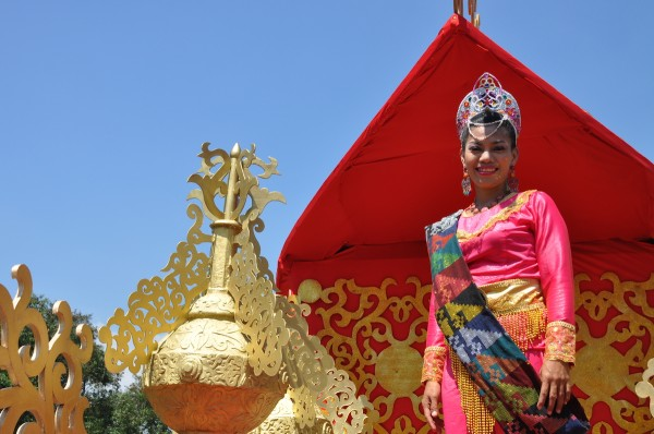 Aliwan Fiesta Float Parade