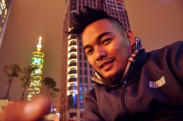 Ian dela Pena in Taiwan