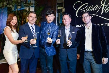 Casa Noble Tequila toasting:  Host Carla Dunareanu, Mexican Ambassador Julio Camarena,  Casa Noble brand ambassador Tim Yap, Global Noble President Edwin Ong and Casa Noble's Master Mixologist Lee Watson