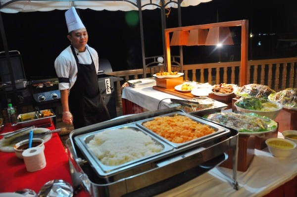 BBQ Dinner at Estrellas de Mendoza Playa Resort