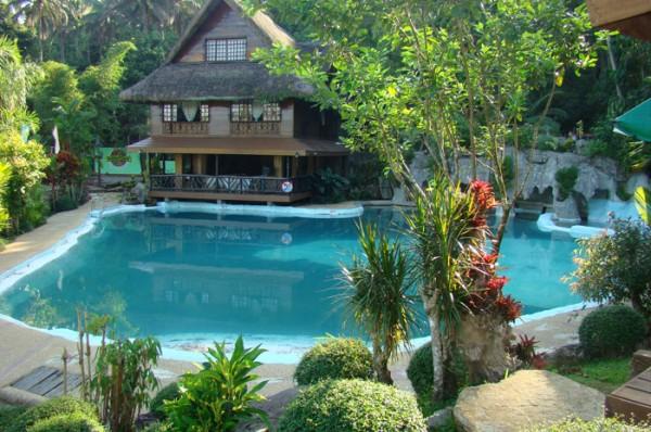 Swimming Pool at Kamayan sa Palaisdaan Resort