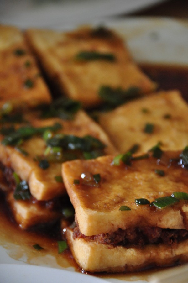 Fried Tofu with Pork Meat
