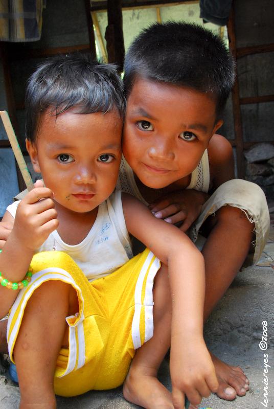 Ivatan Kids by Lennie Reyes