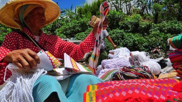 Local Weekend Market Vendor in Sagada