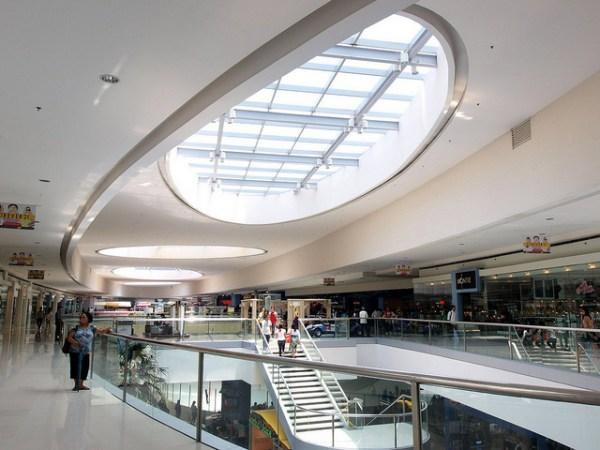 SM Mall of Asia by Roberto Verzo