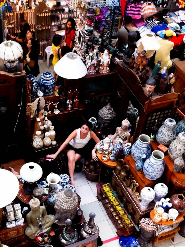A storekeeper inside Virra Mall in Greenhills photo by Gadjo Sevilla