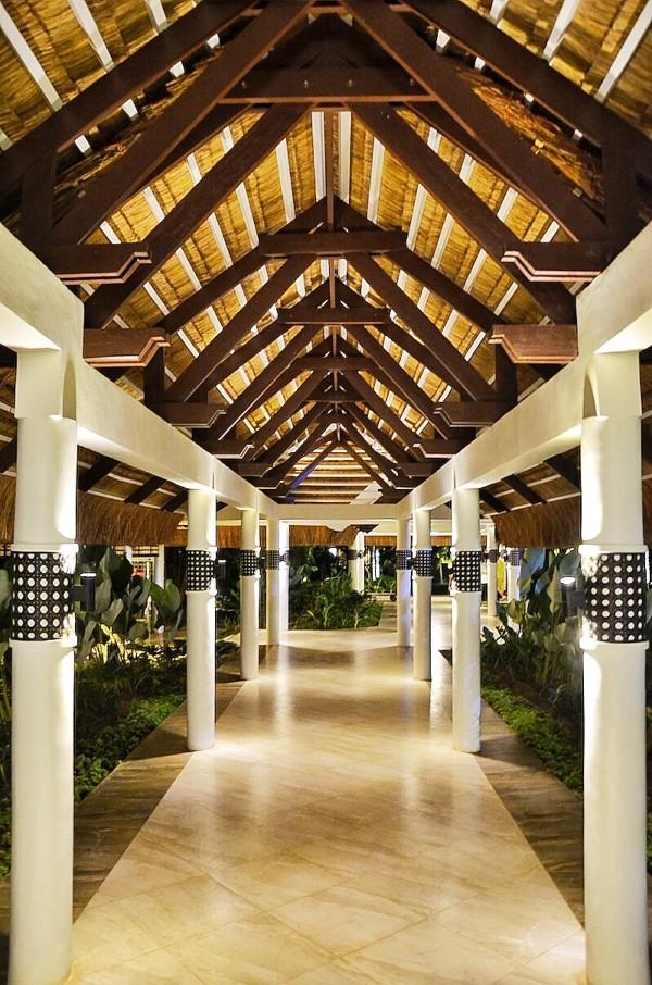 Hallway at South Palms Beach Resort