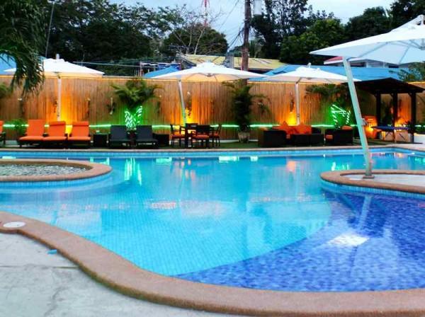 Lalaguna Villas Pool