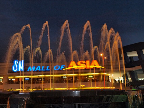 Asia's Shopping Capital SM Mall of Asia at Night