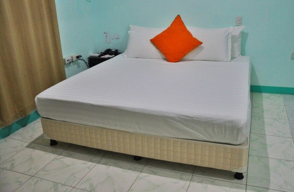Spacious and Comfortable Bed