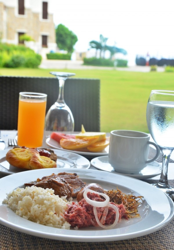 Al Fresco Breakfast at Bellevue Bohol