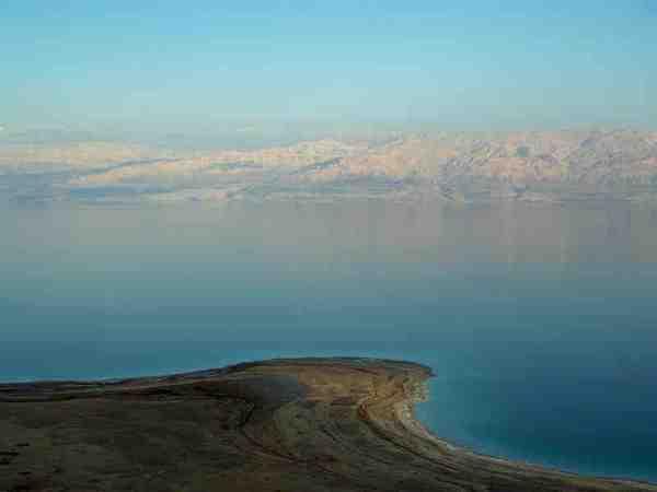 Dead Sea photo by David Shankbone