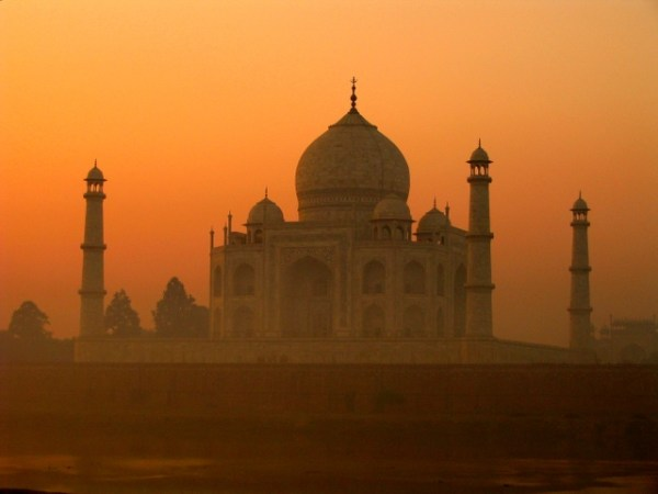 Taj Mahal in India (photo by Wikipedia)
