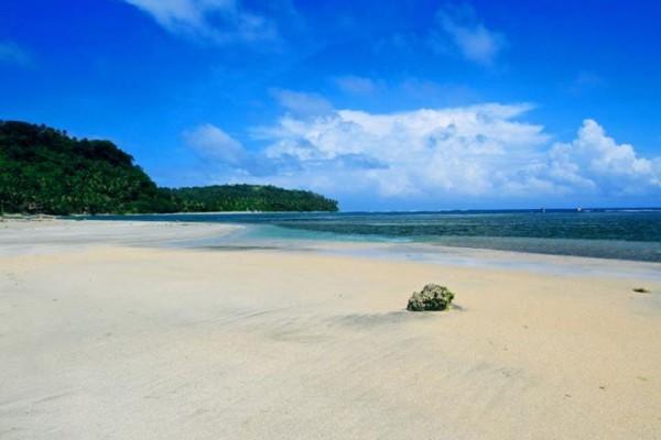 Olango Beach in Sta Magdalena Sorsogon photo by Joey Salceda FB