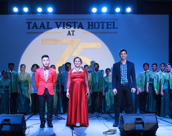 DLSU Dasmariñas Chorale with from left to right: Joseleo Logdat, Maribel Ararao and Markki  Stroem
